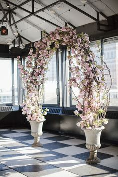 awesome 85 Beautiful Cherry Blossom Wedding Themed Decoration Ideas You Will Totally Love http://lovellywedding.com/2017/10/24/85-beautiful-cherry-blossom-wedding-themed-decoration-ideas-will-totally-love/