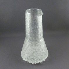 Tapio Wirkkala for Iitala, Ultima Thule Carafe via Etsy Carafe, Decanter, Ketchup Bottles, Ceramic Artists, Apartment Ideas, Finland, Stoneware, Pots, Vase