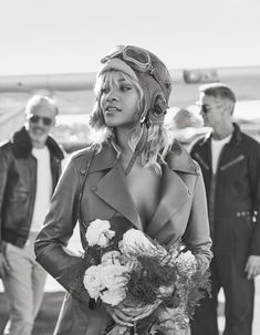 Rihanna Takes Flight. http://www.harpersbazaar.com/culture/features/a20446/rihanna-amelia-earhart-photo-shoot/