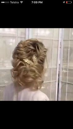 Up do with hair clip