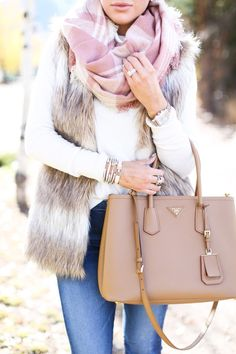 The Sweetest Thing: Autumn & Faux Fur Más Fall Winter Outfits, Winter Wear, Autumn Winter Fashion, Vest Outfits, Casual Outfits, Cute Outfits, Western Outfits, Look Fashion, Womens Fashion