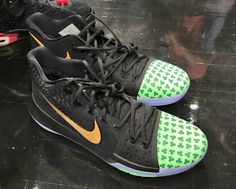 new concept 1aaf6 bf869 Could Kyrie Irving Opt To Wear This Nike Kyrie 3 Shamrock PE For Tonight s  Season Opener