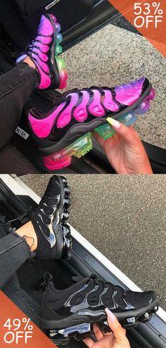 Black Nike Shoes, Nike Air Shoes, Nike Shoes Cheap, Cute Sneakers, Girls Sneakers, Sneakers Fashion, Jordan Shoes Girls, Girls Shoes, Basket Style