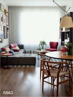 Fantastic Small Living Room Interior Idea 40