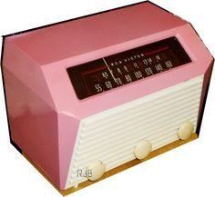 1950 RCA Bakelite Table Radio with IPOD dock!