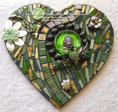 Mosaic Heart - Green -https://www.facebook.com/groups/TayamaCrafts/