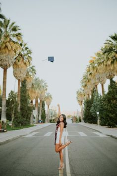 Must have senior picture: throw your cap! Nursing Graduation Pictures, Graduation Picture Poses, College Graduation Pictures, Graduation Portraits, Graduation Photoshoot, Graduation Photography, Grad Pics, High School Graduation Picture Ideas, Grad Photo Ideas
