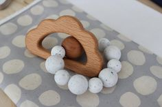 Indie & Chic Teething Rattles - Silicone Beads - Chew Beads - Wooden Rattle - Baby Gift - Spring Summer Collection - Speckled Cloud Teether
