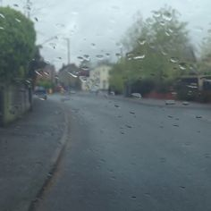 Sat waiting for Jemma in the rain. My it looks depressing