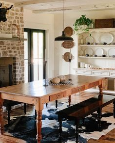 Dining Table, Dining Rooms, Rustic Farmhouse, Furniture, Home Decor, Instagram, Decoration Home, Dining Room Suites, Room Decor