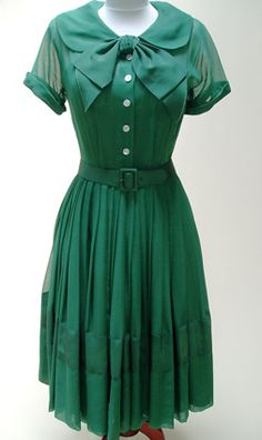Green Chiffon Shirtwaist Dress – c. – Talmack of NY, chiffon shirtwaist dress with full satin underslip, two pieces. Vintage Outfits, Vintage Wardrobe, Vintage Dresses, Vintage Clothing, Retro Mode, Vintage Mode, Vintage Style, 1950s Style, Gyaru