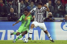 Sami Khedira (R) of Juventus competes for the ball with Ibrahima Traore (L) of VfL Borussia Monchengladbach during the UEFA Champions League group stage match at Juventus Arena on October 21, 2015 in Turin, Italy. (Oct. 20, 2015 - Source: Marco Luzzani/Getty Images Europe)