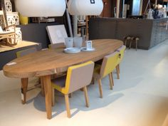 Ovale tafel loods 5