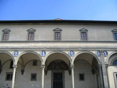 The Ospedale degli Innocenti by architect Filippo Brunelleschi Florence, Italy.  an Early Italian Renaissance. Here we see the Florentine arches, and the use use of Della Robbia that in my opinion give great color to the building.