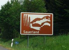 Sauerland_Hinweisschild.jpg (784×572)