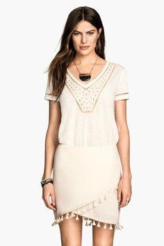 Falda con flecos   H&M