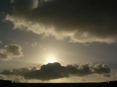 um abrir depois de dia enevoado | Fotografia de Filipa Canto Grade | Olhares.com