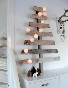 Stanchi del solito albero...ecco la soluzione! Originale ed ecofriendly! ;) - #albero #natale #xmas #tree