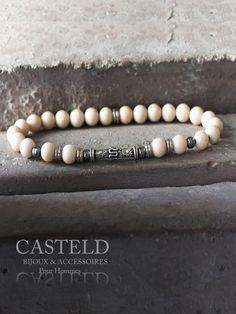 le Bracelet Homme Racer Design aux aspects robustes et sobres Perles blanches de rivière Casteld men's barcelets http://www.casteld.com/bijoux-homme