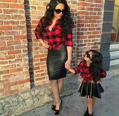 Like mother, like little girl