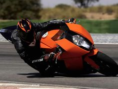 KTM 1190 RC8 Ktm Rc8, New Ktm, Ktm Motorcycles, Motorcycle News, Sportbikes, Hot Bikes, Road Runner, Street Bikes, Drag Racing