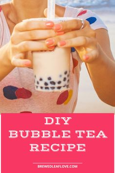 How to make the best yummy boba tea recipe at home.  This DIY bubble tea milk tea recipe uses tapioca pearls to get the taste of the tea shop but you can do yourself with this homemade bubble tea recipe. Jasmine Pearl Tea, Jasmine Green Tea, Boba Tea Recipe, Tea Organization, Milk Tea Recipes, Bubble Milk Tea, Homemade Bubbles, Green Tea Bags