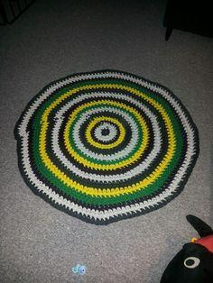 Hæklet tæppe :)