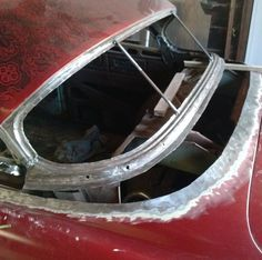 Sheet Metal Crafts, Auto Body Work, Custom Metal Fabrication, Tube Chassis, Metal Shaping, Metal Working Tools, Car Restoration, Automotive Decor, Car Painting