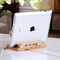 Fancy | Bamboo Docking Station With 4 USB Port