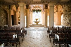 Covered outdoor wedding venue || Bella Collina Weddings