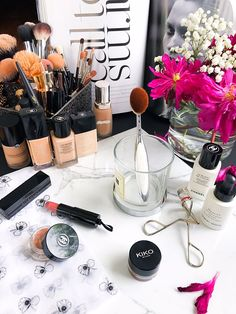 Trend Alert | Artis Oval Makeup Brushes - Cat's Daily Living