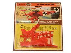 airfix construction kit vintage series 1  fokker triplane Kit, Old Toys, Scale Models, Construction, Vintage, Games, Happy Children, Building, Old Fashioned Toys