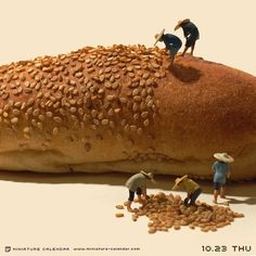 Bigger doesn't always mean better, as Japanese artist Tatsuya Tanaka proves with these tiny dioramas that he makes for his ongoing Miniature Calendar project. Macro Lens Photography, Miniature Calendar, Art Du Monde, Urbane Kunst, Miniature Photography, Kunst Online, Tiny World, People Art, Japanese Artists