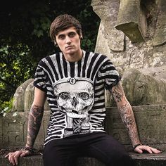 Fit For A King Limited edition *Now online with FREE UK shipping* www.teeandcoffin.com ______________________________________ #teeandcoffin #uncannydesigns #indieshop #king #skull #skulls #kingtut #inked #london #alternative #a7x #dead #undead #guyswithtattoos #girl #tattoos #creepers #witchy #occult #dropdead #follow #piercings #taxidermy #pvris #love #eygpt #eygptian #ancient #illustration #darkart
