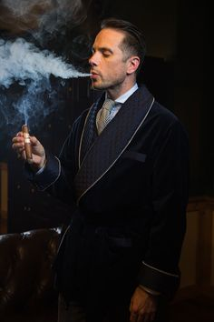 Men's Smoking Jacket History and Definition - He Spoke Style Smoker Cooking smoker smoked definition Velvet Smoking Jacket, Velvet Jacket, Cigar Men, Vape Smoke, Gents Fashion, Man Smoking, Dapper Gentleman, Jacket Style, Jacket Men