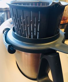 Trucs et astuces Thermomix – Je mange donc je vis Cooking Bacon, Cooking Chef, Cooking Recipes, Cooking Fresh Green Beans, Bacon In The Oven, Sorbet, No Cook Meals, Housekeeping, Food And Drink