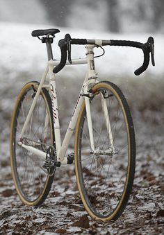 Vanilla Bicycles - Hand Crafted Bicycles - Coolest Cyclocross Bicycle Around    When you have to wait over 4 years for your bicycle to be custom built … it better be from Vanilla Bicycles.    okokno
