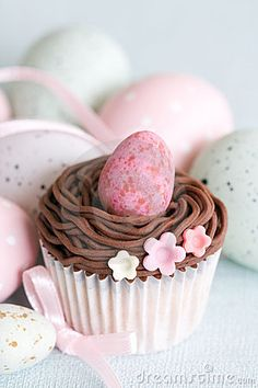 Cupcake decorated with an Easter theme