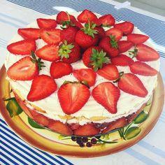Letné jahodové pokušenie Ricotta, Watermelon, Ale, Cake Recipes, Cheesecake, Strawberry, Fruit, Desserts, Food