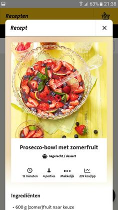 Prosecco bowl met zomer fruit