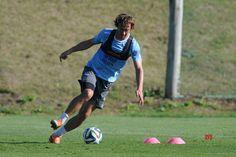 Ex-Uruguay captain Lugano 'closer' to Sao Paulo off-field role - Social News XYZ