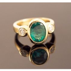 Elegant Katie King designed ring, columbian emerald and diamonds set in gold. Columbian Emeralds, King Design, Handcrafted Jewelry, Gemstone Rings, Diamonds, Silver Rings, Elegant, Instagram Posts, Gold