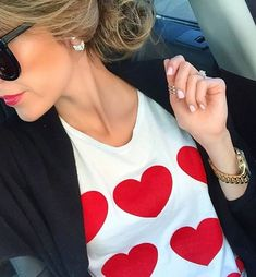 Super cute Valentine's Day outfit idea - Darling hearts tee http://rstyle.me/n/vuk6znyg6