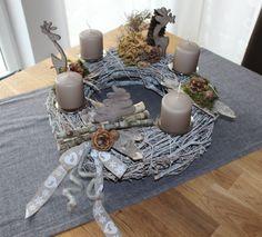 Adventskranz aus wei�gekalktem Rebenkranz! Nat�rlich dekoriert mit Rehen und Tannenbaum ( Handarbeit)! Preis ohne Kerzen 44,90%u20AC - Kerzen gegen Aufpreis!
