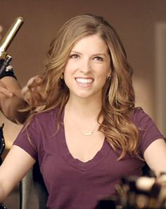 """Anna Kendrick's Hilarious """"Non-Super Bowl"""" Ad For Newcastle Brown Ale: Watch Here!"""