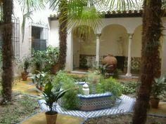 Casa-Museo del pintor Joaquín Sorolla, patio andaluz. Madrid