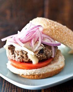 Lamb Burgers with Brie. Lamb Burgers with Brie and Quick Pickled Red Onions Lamb Burger Recipes, Lamb Recipes, Fruit Recipes, Mince Recipes, Sandwich Recipes, Recipes Dinner, Snack Recipes, Quick Pickled Red Onions, Red Onion Recipes