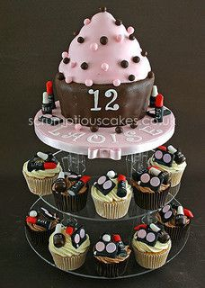 Birthday Cake (651) - Make-Up Muffins by Scrumptious Cakes (Paula-Jane), via Flickr
