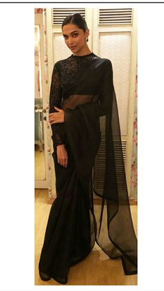 DP White Saree, Black Saree, Saree Blouse Patterns, Saree Blouse Designs, Indian Wedding Outfits, Indian Outfits, Saree Gown, Lehenga, Indian Silk Sarees