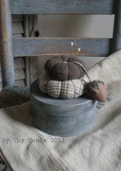 Primitive pin cushion and sewing kit
